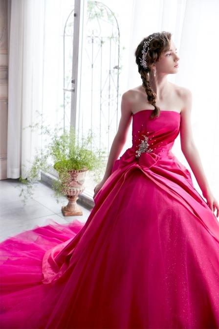 おすすめドレス1:ピンク